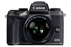 EOS R Full Frame ML[Canon フルサイズミラーレス]