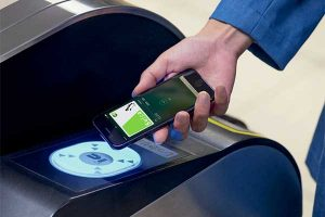 Apple Pay Suica[オススメの iphone XR / 8]