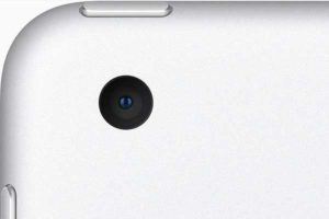 背面 メインカメラ[2020 新型 iPad 8]